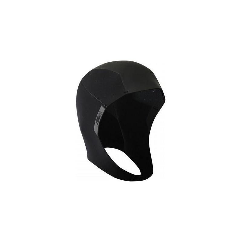 Cagoule gants chaussettes bonnets de bain